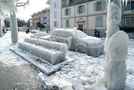 ice-storm-street1